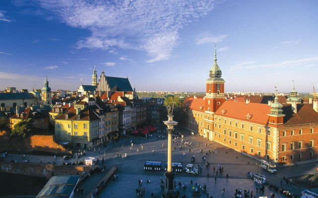 Warsaw-Royal-Castle-and-Old-Town-res