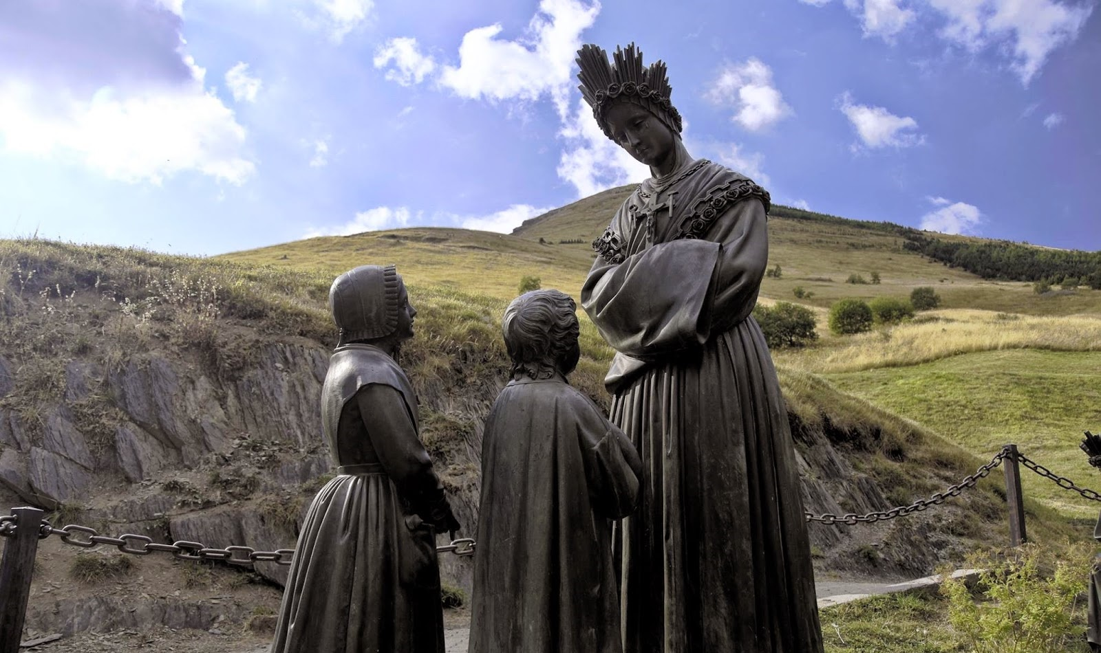 Ла Салет - місце Об'явлення Богородиці | Патріарший паломницький центр УГКЦ