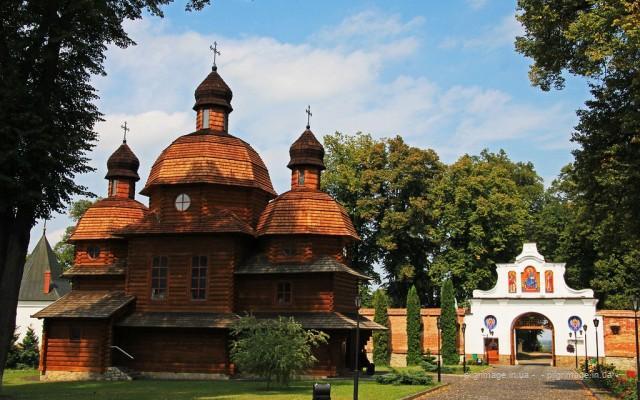 <!--:ua-->Проща до Крехівського монастиря та святинь Жовкви<!--:-->