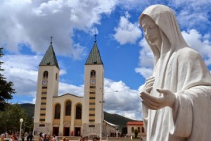 <!--:ua-->Паломництво в Меджугор'є до Цариці Миру  <!--:-->