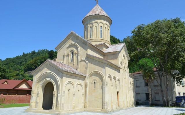 Храм св.Варвари Батумі